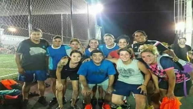 Maradona estuvo jugando al fútbol en Hurlingham
