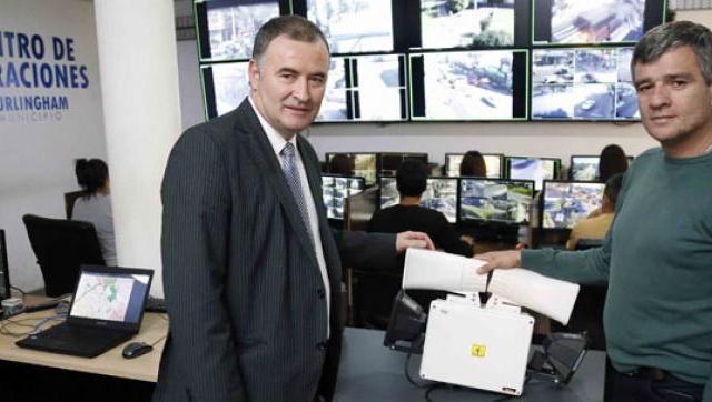 Zabaleta recibió al intendente de Ramallo y le mostró el funcionamiento del sistema de seguridad