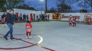 Nuevo playón deportivo para un club de barrio Luna