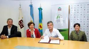 Se firmó un convenio para fortalecer el sistema de Infromación Pública
