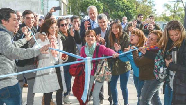 La Universidad Nacional de Hurlingham estrenó nuevo edificio