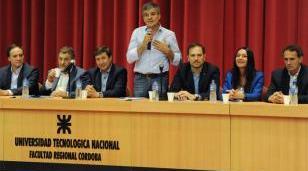Zabaleta participó en Córdoba, junto a Daniel Arroyo, de la presentación del Plan Contra el Hambre