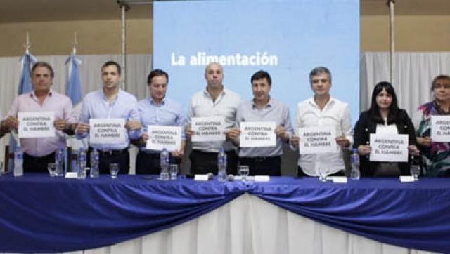 Zabaleta y Daniel Arroyo presentaron el Plan contra el Hambre en Corrientes
