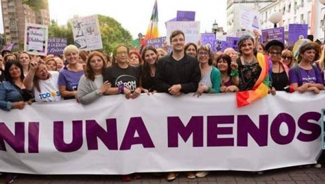 Morón marchó contra la violencia de género